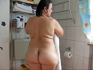Bathing, Bbw, Chubby, German, Mature, Milf